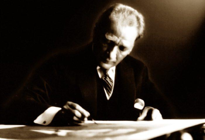 Atatürk: 'Ey yükselen yeni nesil! İstikbal sizindir…'
