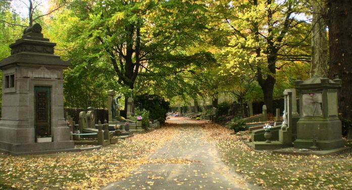 Brüksel'de cesetler humuslu toprağa dönüştürülecek