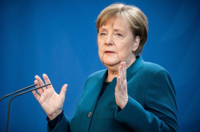 """Almanya Başbakanı Merkel: """"Tedaviyle ilgili henüz ne bir aşı ne de ilaç var"""""""