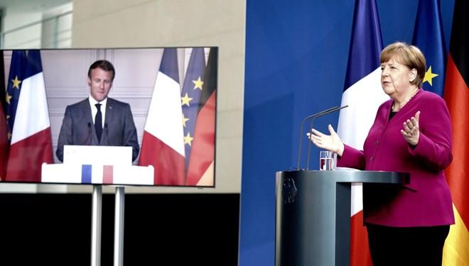 Merkel'den 500 Milyar euro yapılanma fonu önerisi