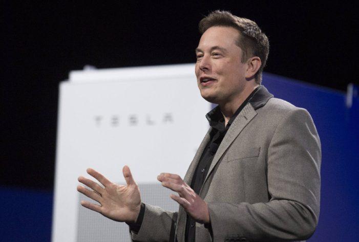 Elon Musk Los Angeles'taki evini sattı