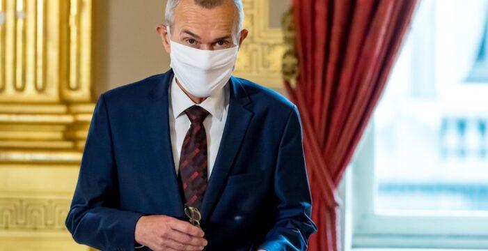 """Vandenbroucke: """"Aşı her vatandaşa ücretsiz olarak ulaştırılacaktır"""""""