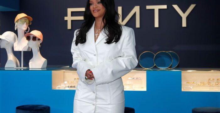 LVMH 'Rihanna'nın moda markasını kapattı