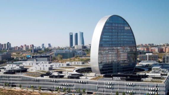 BBVA Bankası 3 bin 798 elemanı işten çıkaracak